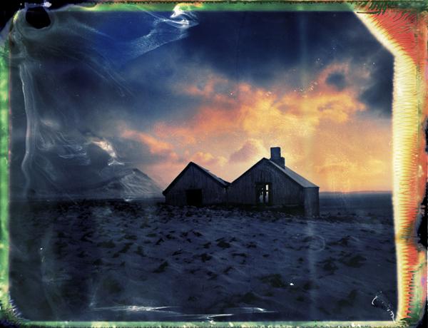 winter sunset behind an abandoned farm in Iceland - fine art polaroid photography ny Guðmundur Óli Pálmason - Kuggur.com